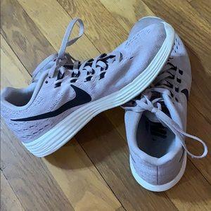 Light Purple Nike Lunartempo 2